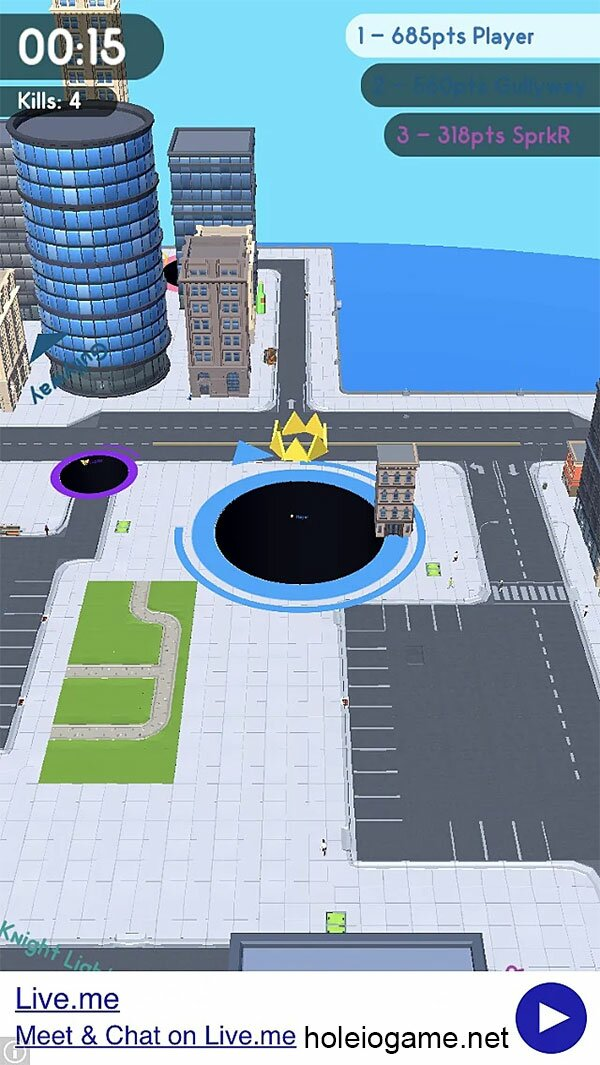 It's fun to ingest houses on Hole.io map!